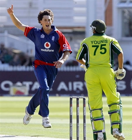 Lewis celebrates the wicket of Younis Khan