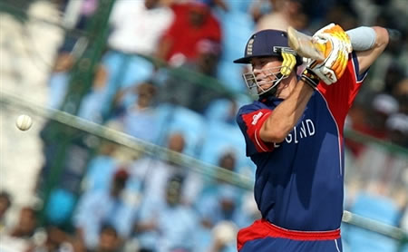 Pietersen hits a boundary