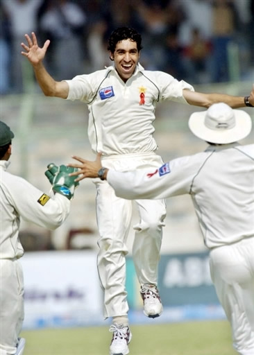 Umar Gul celebrates the wicket of Lara