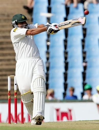 Younis Khan plays a pull shot