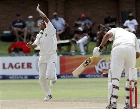 Ntini celebrates the wicket of Inzamam