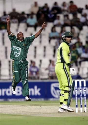Telemacus celebrates the wicket of Razzaq