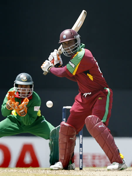 Marlon Samuels plays a shot