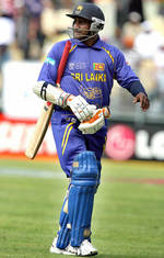 Sanath Jayasuriya leaves the field after being bowled out by James Franklin