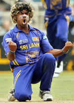 Lasith Malinga celebrates the wicket of Fleming