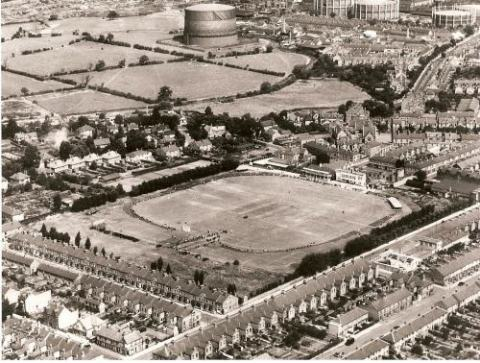 Aerial view of Grace Road in 1947