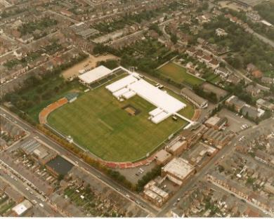 Aerial view of Grace Road in 2000