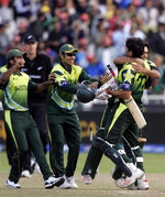 Pakistan team celebrate after qualify for the Twenty20 World Cup final