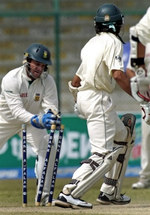 Mark Boucher stumps Umar Gul and breaks the world record of Ian Healy most dismissal in Test matches behind the stumps