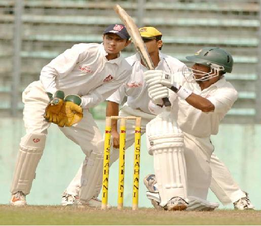 Dhaka's top-scorer Mohammad Rafique batting against Khulna