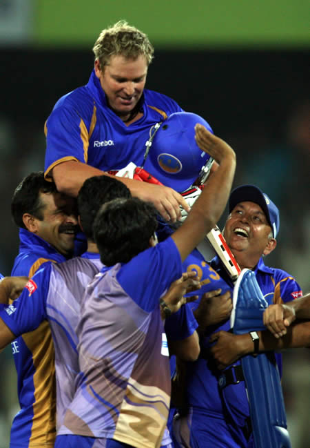 Shane Warne leads in Rajasthan Royals thrilling win over Deccan Chargers