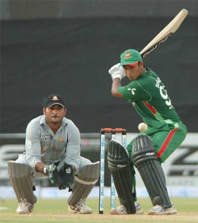Mohammad Ashraful preparing for the cut