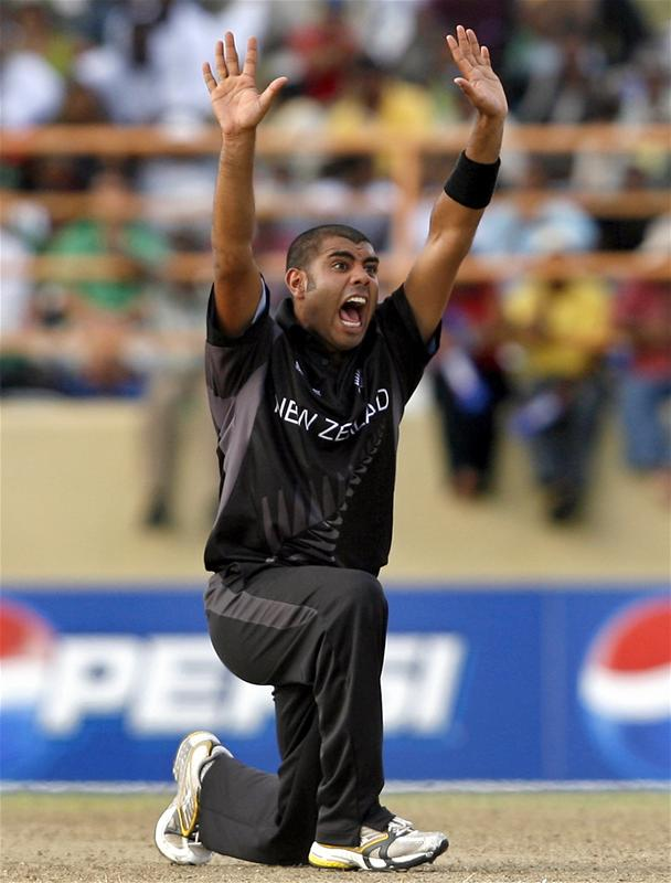 Jeetan Patel appeals successfully for the wicket of David Trent Johnston