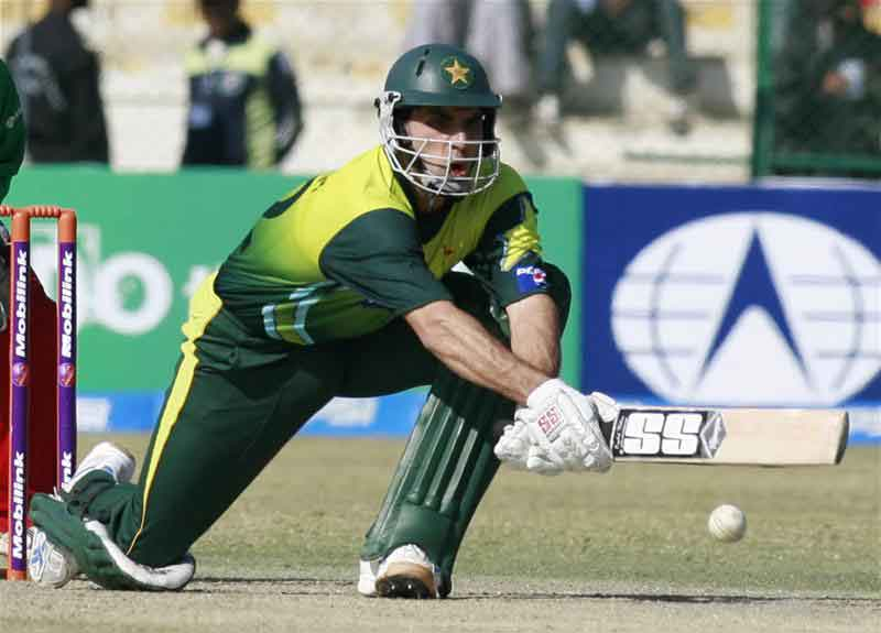 Misbah-ul-Haq plays a delivery off Sean Williams