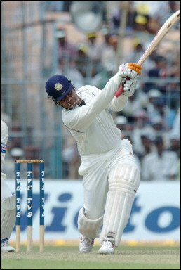 Virender Sehwag ondrives for a boundary
