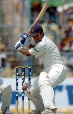 Rahul Dravid hits a boundary on his way to his 2nd century