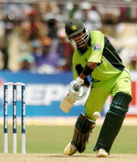 Shoaib Malik batting on his way to 75