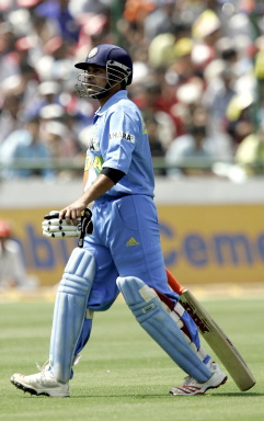 Sachin Tendulkar leaves the crease on 21
