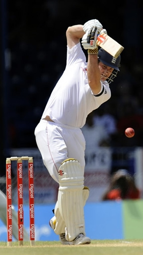 Andrew Strauss scores 139* on the opening day of the final Test