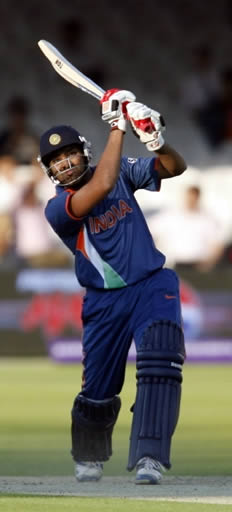 Rohit Sharma hits a six in warm-up match against New Zealand