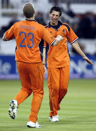 Pieter Seelaar celebrates the wicket of Collingwood