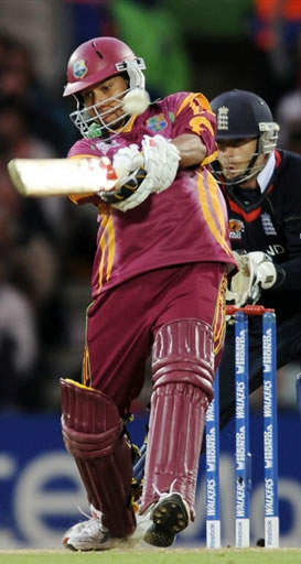 Sarwan hits a four
