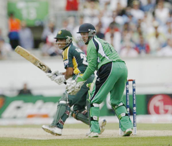 Akmal plays on the leg side