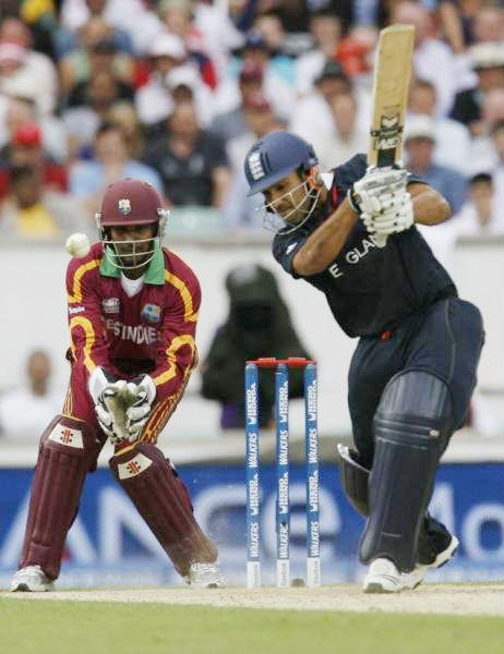 Bopara on the drive