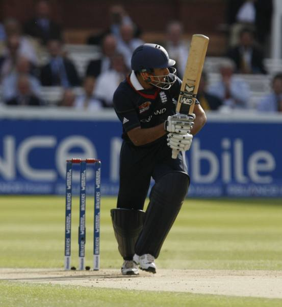 Bopara on the move