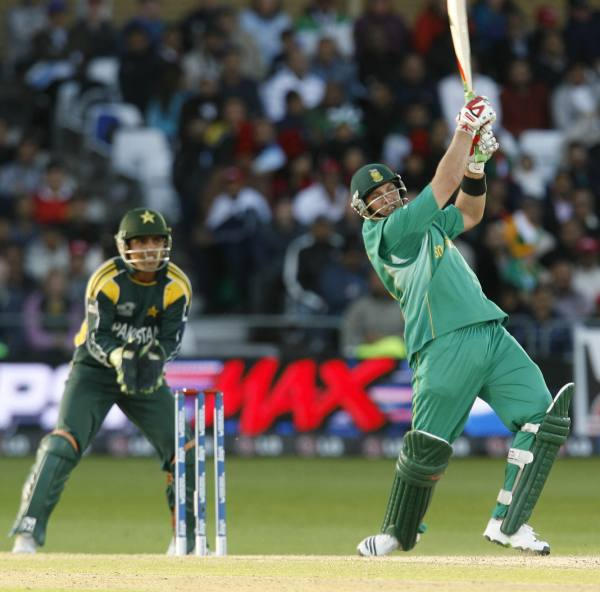 Kallis goes for a big one