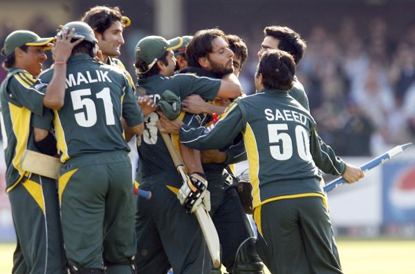 Afridi is the centre of attraction