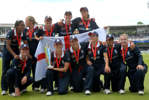 The England Women's team with the ICC Women's World Twenty20 2009 trophy