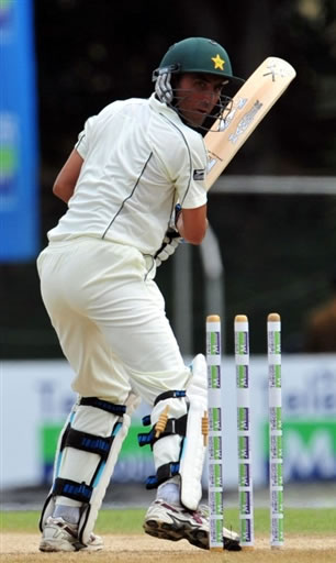 Younis Khan is bowled by Mirando
