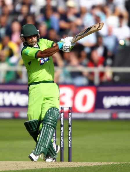 Mohammad Hafeez hits out