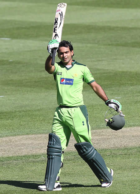 Mohammad Hafeez celebrates his maiden century