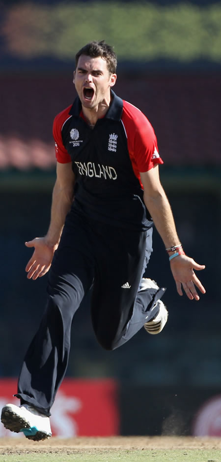 James Anderson celebrates the wicket of Duminy