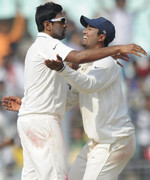R Ashwin and Pragyan Ojha struck four times in quick succession