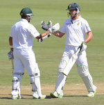 AB de Villiers and Ashwell Prince added 97 for the sixth wicket