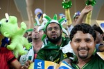 Pakistani fans cheer