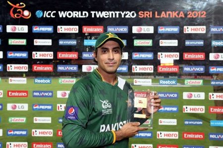 Nasir Jamshed got the Man of the Match award
