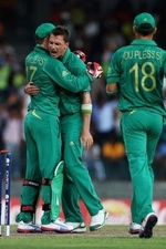 Dale Steyn took three wickets