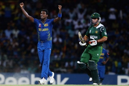 Angelo Mathews dismissed Kamran Akmal