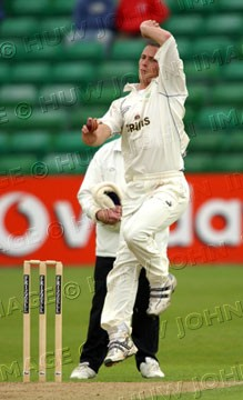 Simon Jones in his delivery stride for Glamorgan against Surrey at Sophia Gardens