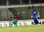 Shakib Al Hasan appeals during the 2nd ODI