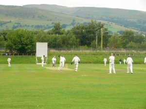 Cricket at Glossop