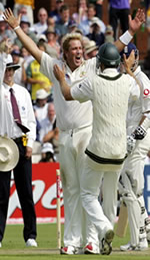 Umpire Billy Bowden awards Australia's Shane Warne his 600th test wicket