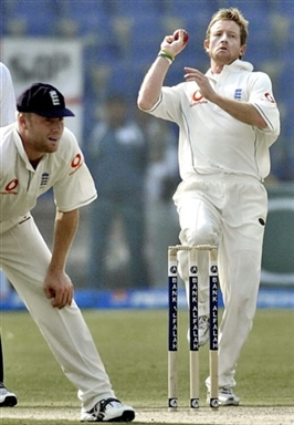 Paul Collingwood in his bowling stride