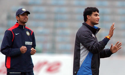 Dravid and Ganguly during the practice session