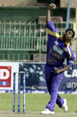 Muralitharan delivers a ball