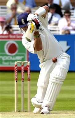 Pietersen hits a shot